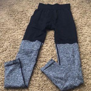 Pants - Gym shark leggings